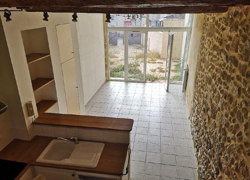 Maison à louer 55m2 à Fournès