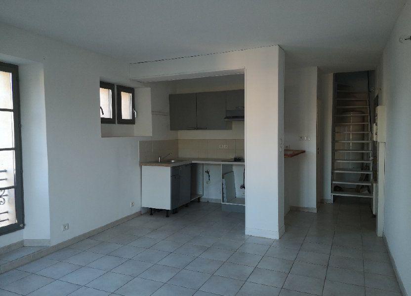 Appartement à louer 50m2 à Uzès