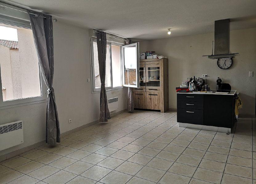 Appartement à louer 70m2 à Cabrières