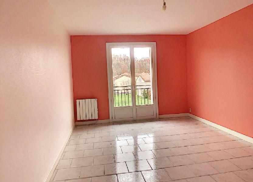 Appartement à louer 64.64m2 à Terrasson-Lavilledieu