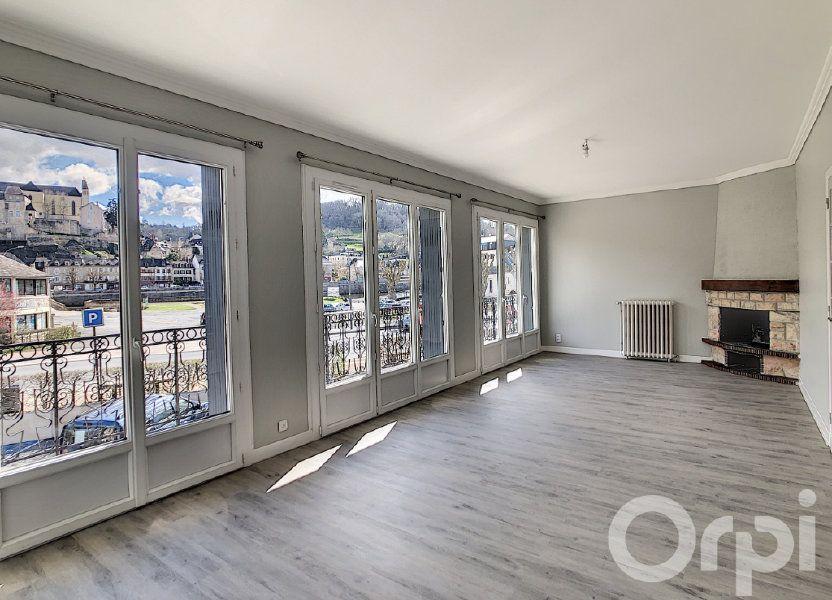 Appartement à louer 118.81m2 à Terrasson-Lavilledieu