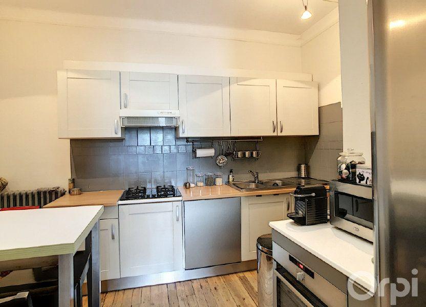 Appartement à louer 85m2 à Terrasson-Lavilledieu