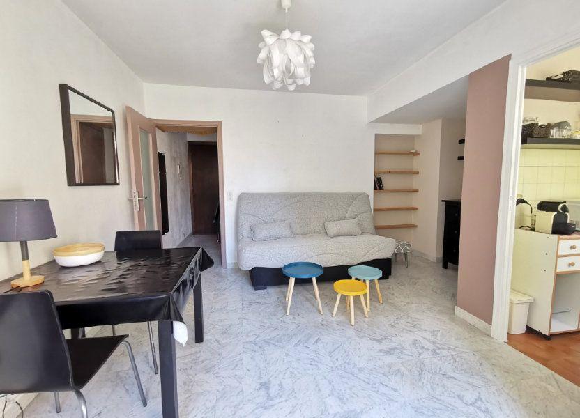 Appartement à louer 21.78m2 à Nice