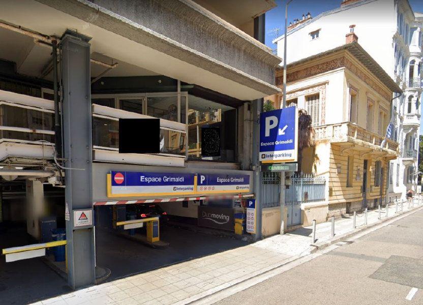 Stationnement à louer 12m2 à Nice