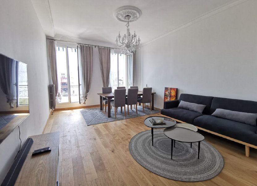 Appartement à louer 82.5m2 à Nice