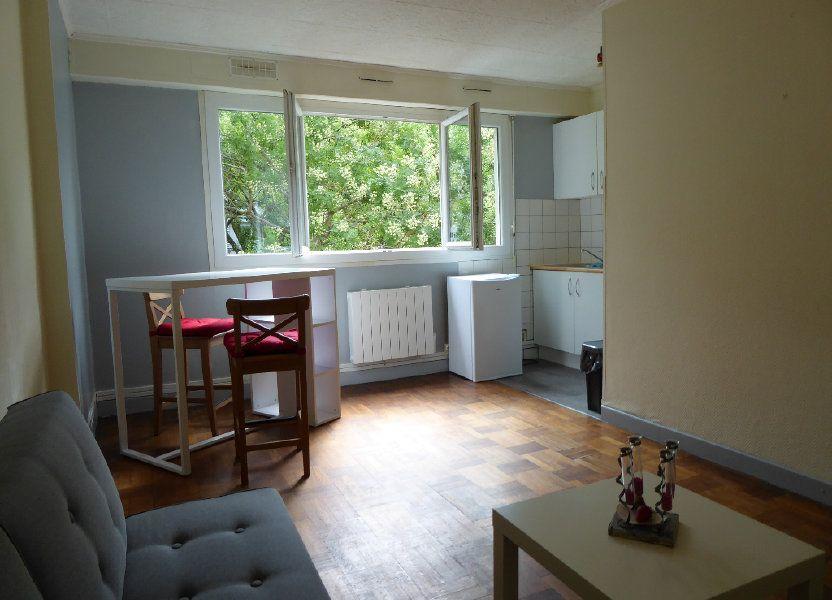 Appartement à louer 21m2 à Caen