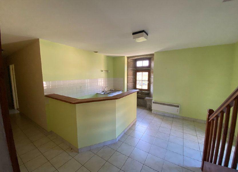 Appartement à louer 65m2 à Amailloux