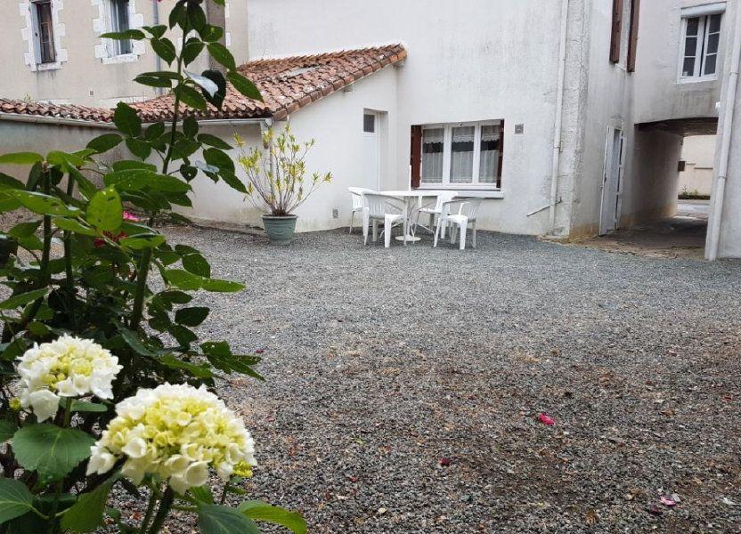 Maison à vendre 105.47m2 à Châtillon-sur-Thouet