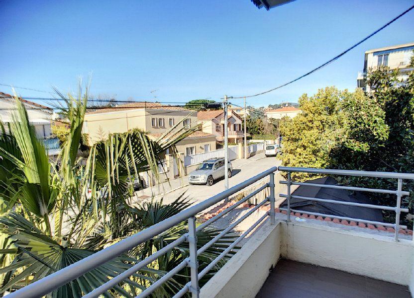 Appartement à louer 29.97m2 à Villeneuve-Loubet