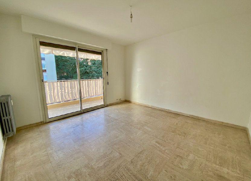 Appartement à louer 63.4m2 à Cannes