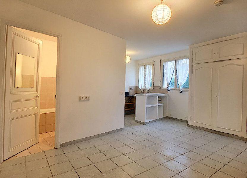 Appartement à louer 26.76m2 à Vence
