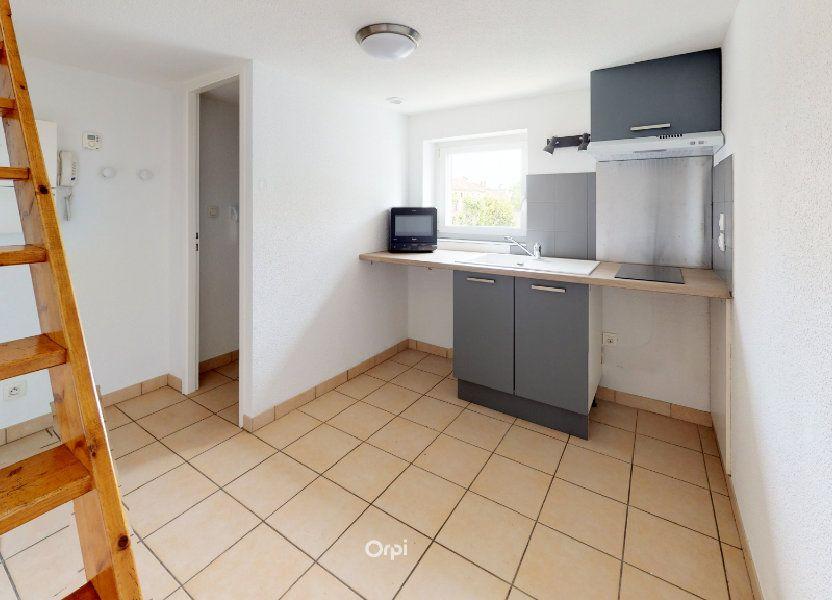 Appartement à louer 13.5m2 à Tournon-sur-Rhône
