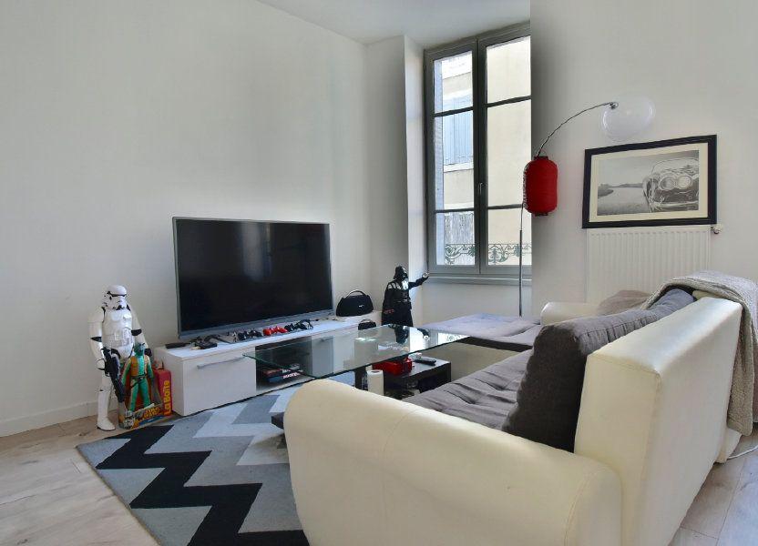 Appartement à louer 57m2 à Tournon-sur-Rhône