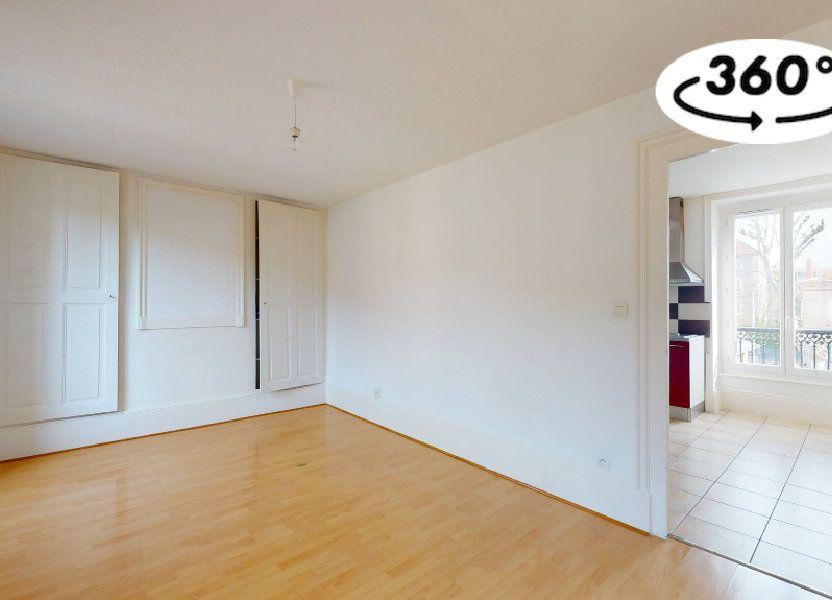 Appartement à louer 33m2 à Tournon-sur-Rhône