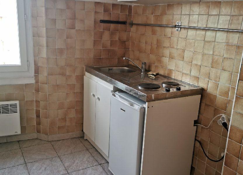 Appartement à louer 30m2 à Marseille 9