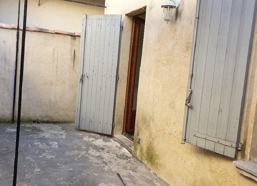 Appartement à louer 53m2 à Beaucaire