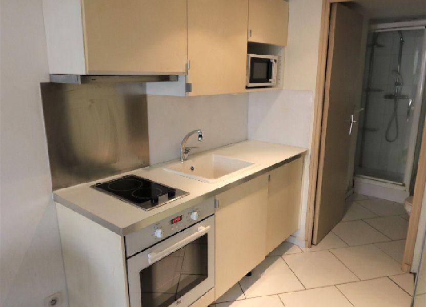 Appartement à louer 16.69m2 à La Farlède