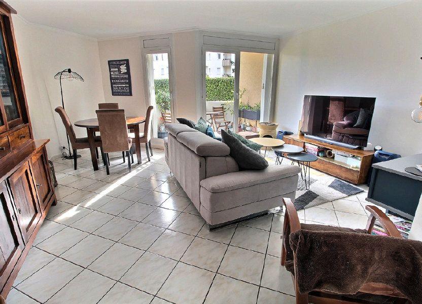 Appartement à vendre 82m2 à Montigny-le-Bretonneux