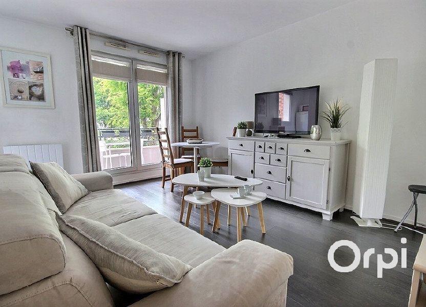 Appartement à louer 27.04m2 à Élancourt