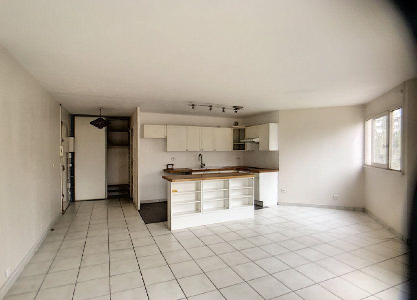 Appartement à louer 75.39m2 à Montigny-le-Bretonneux