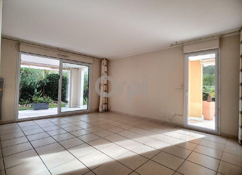 Appartement à vendre 75.62m2 à Fréjus