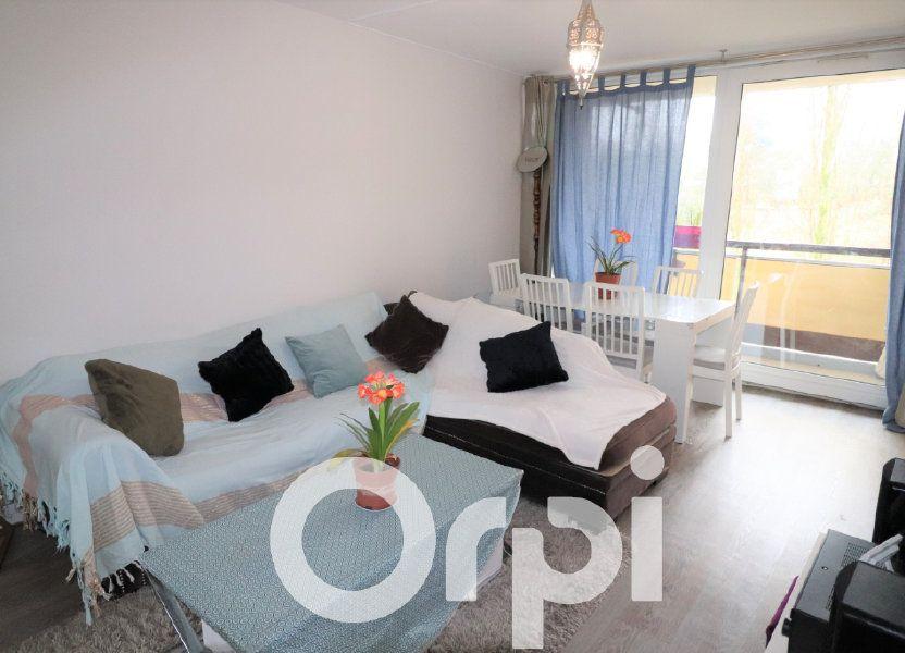 Appartement à vendre 68.74m2 à Clichy-sous-Bois