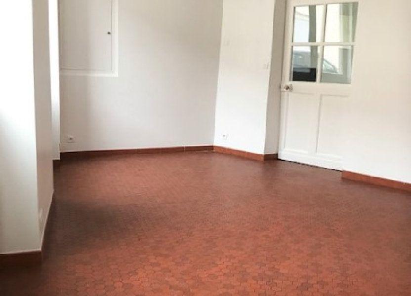 Appartement à louer 71m2 à Angerville