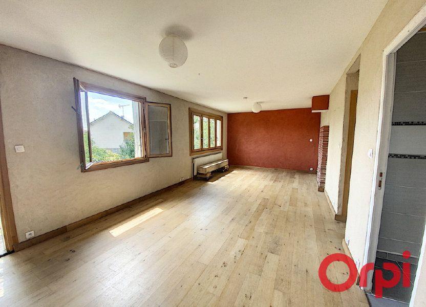 Maison à vendre 85m2 à Saint-Amand-Montrond