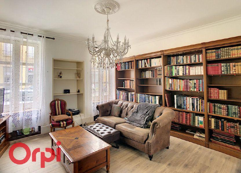 Maison à vendre 216m2 à Saint-Amand-Montrond