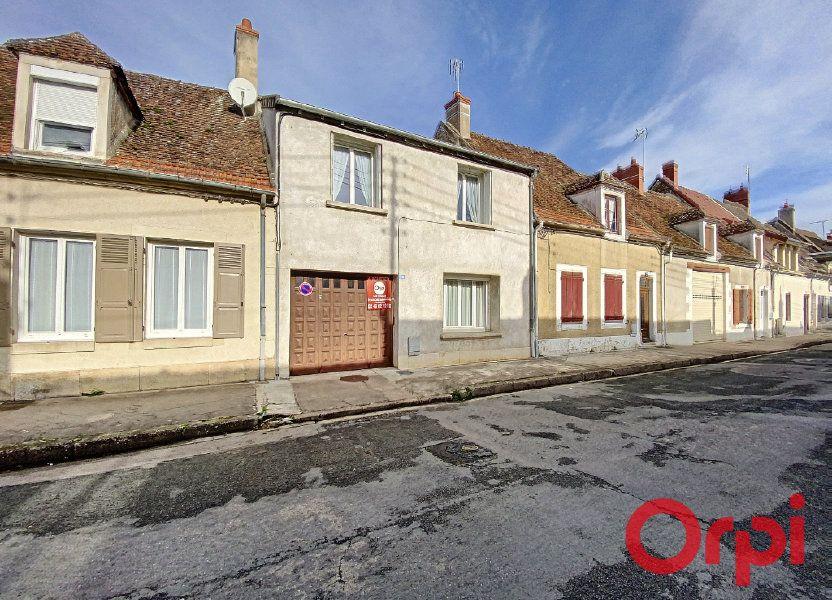 Maison à vendre 148m2 à Saint-Amand-Montrond