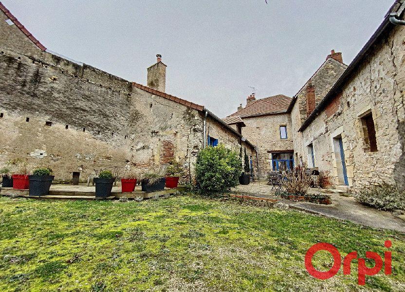 Maison à vendre 238m2 à Saint-Amand-Montrond