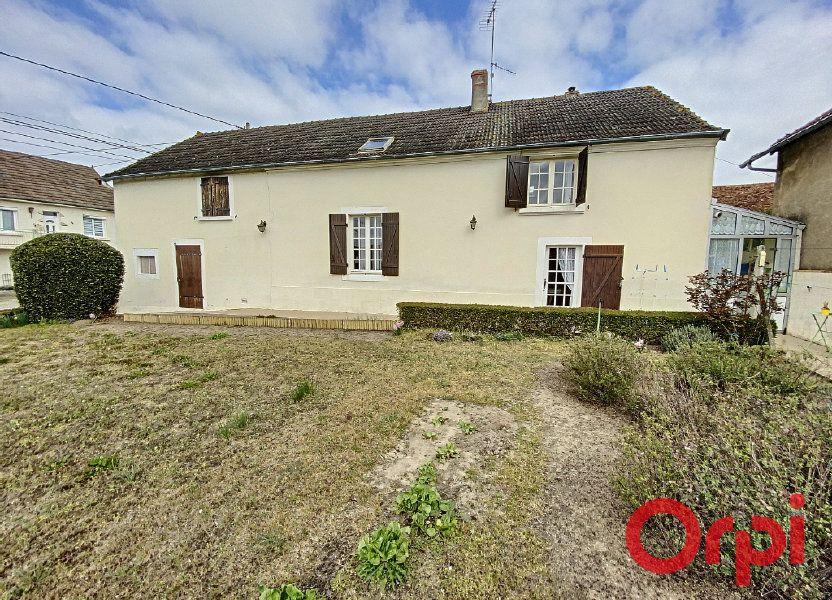 Maison à vendre 82m2 à Saint-Amand-Montrond