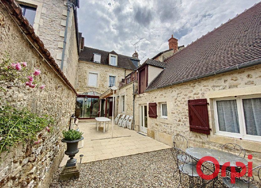Maison à vendre 241m2 à Saint-Amand-Montrond