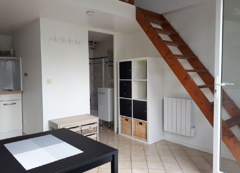 Appartement à louer 16.11m2 à Melun
