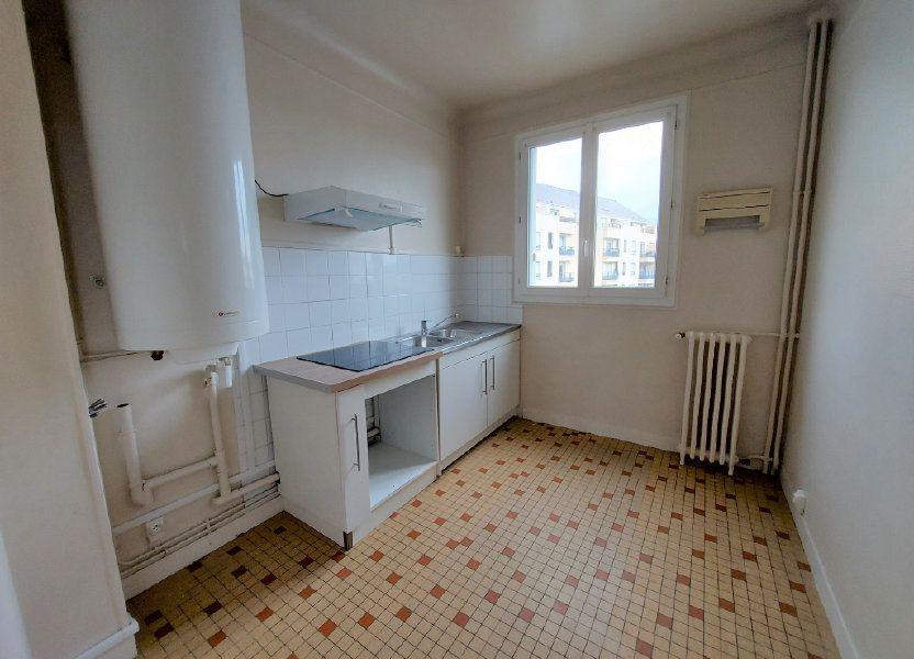 Appartement à louer 63.79m2 à Melun