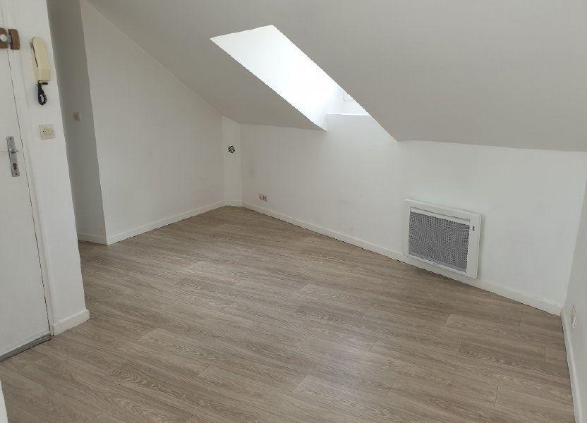 Appartement à louer 15.1m2 à Melun