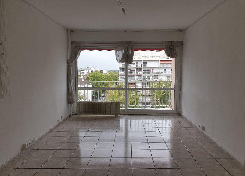 Appartement à louer 68.16m2 à Melun