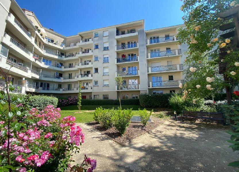 Appartement à louer 77.31m2 à Melun