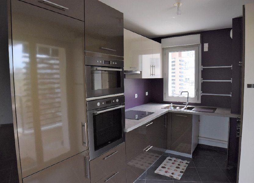 Appartement à louer 91.56m2 à Annemasse