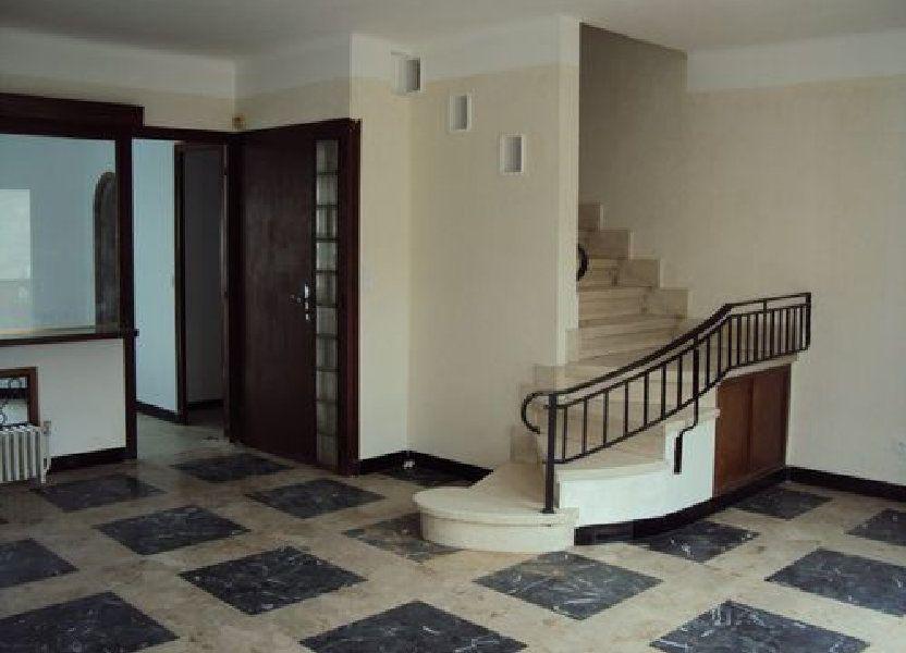 Maison à louer 75m2 à Saint-Ambroix