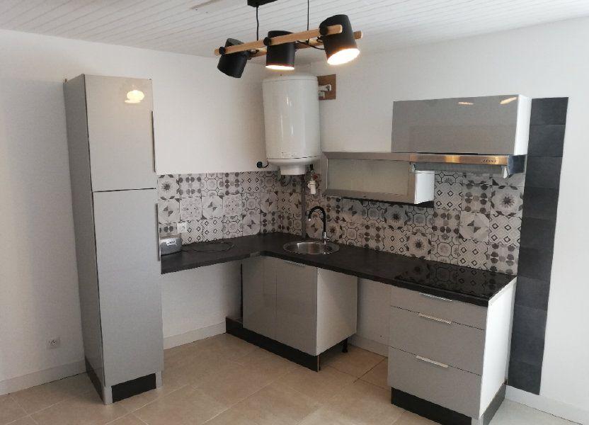 Appartement à louer 38m2 à Robiac-Rochessadoule