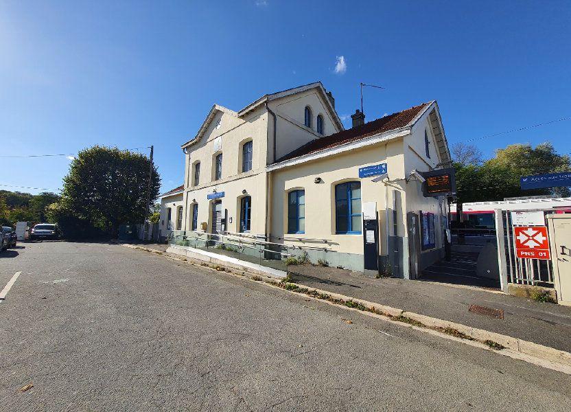 Stationnement à louer 0m2 à Luzarches