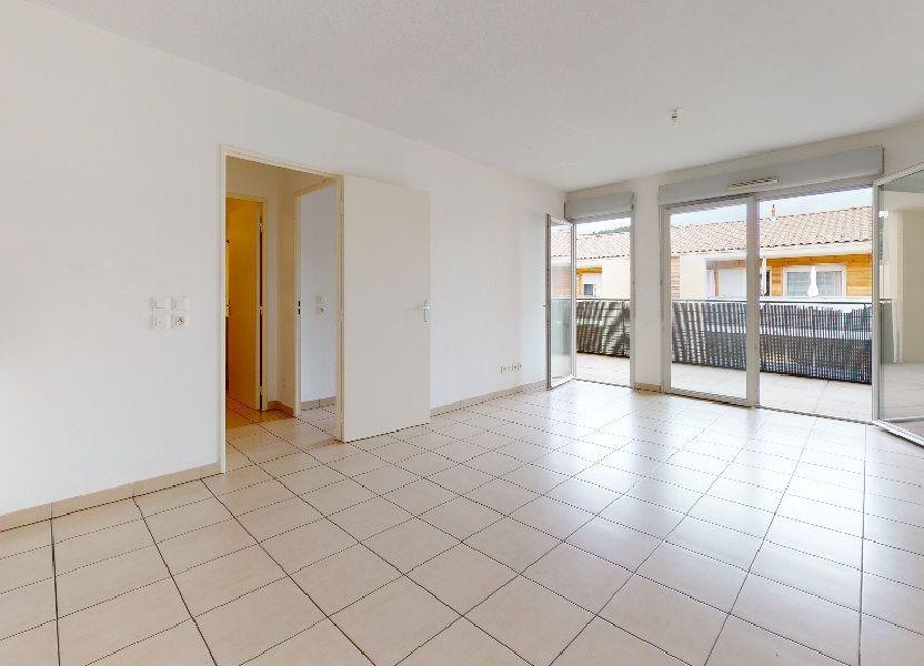 Appartement à louer 53.62m2 à Cuers