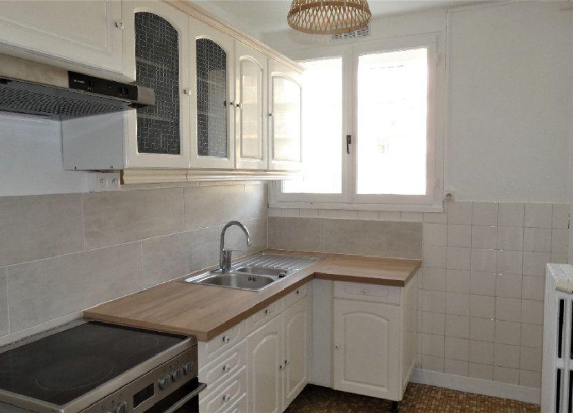 Appartement à louer 54.55m2 à Saint-Jean-de-la-Ruelle