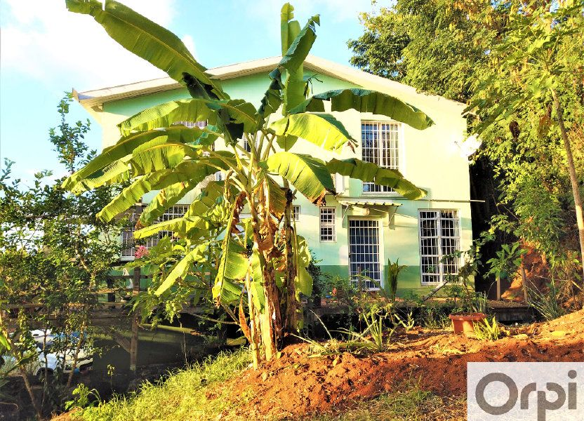 Immeuble à vendre 165m2 à Dembeni
