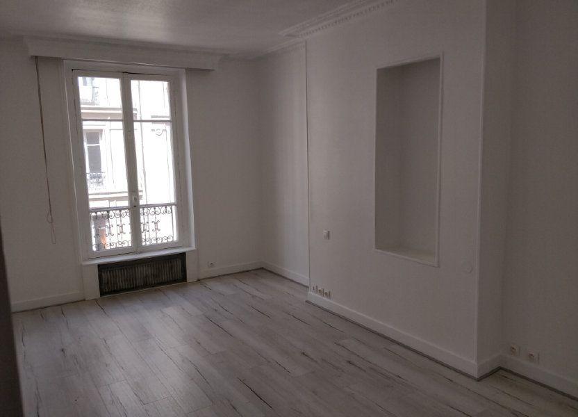 Appartement à louer 43.73m2 à Paris 10