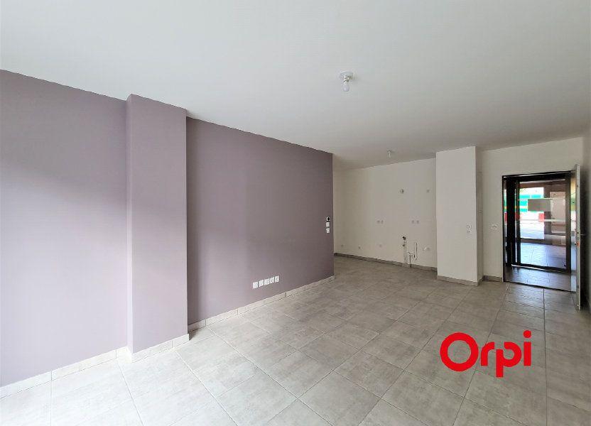 Appartement à louer 65.25m2 à Caluire-et-Cuire