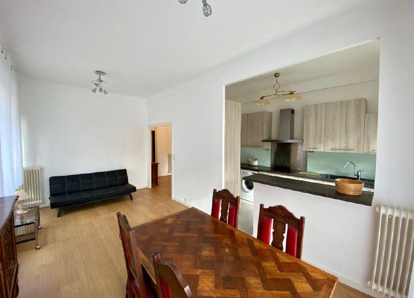 Appartement à louer 74.05m2 à Nice