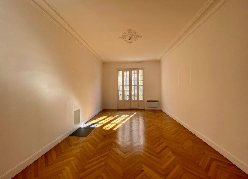 Appartement à louer 102.34m2 à Nice