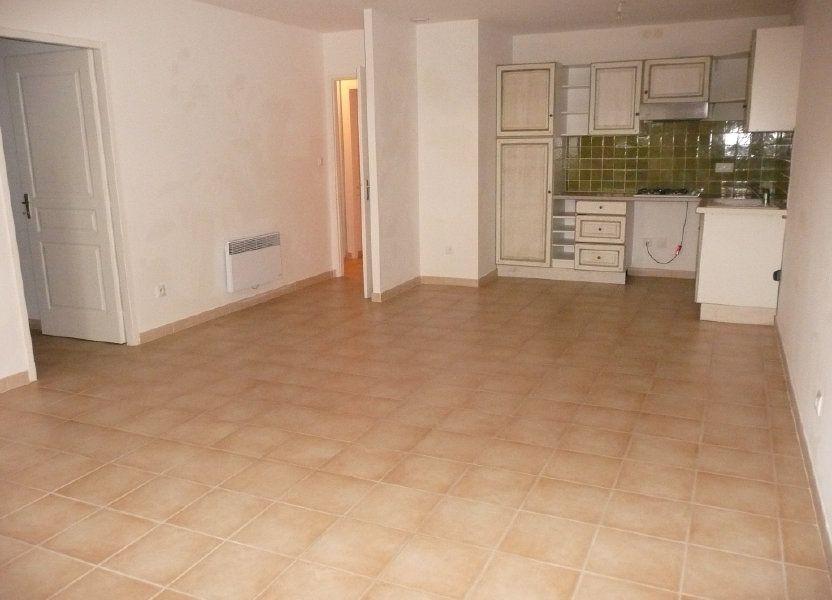 Appartement à louer 82m2 à Mallemort